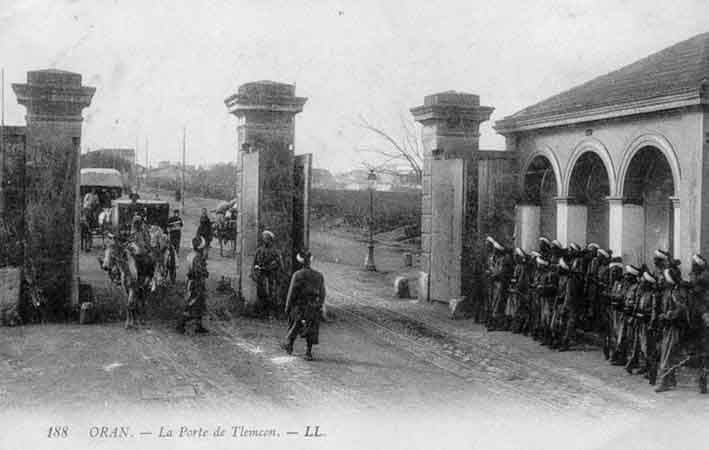 Portes et forts de la ville d 39 oran for La poste porte de saint cloud